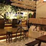 Fenny's Lounge & Kitchen